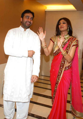 Karva Chauth lives up to its star promises