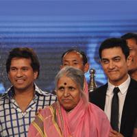 Bollywood Today - Aamir Khan keen on reprising Tendulkar