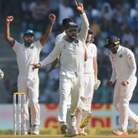 India thrash England by an innings and 36 runs, clinch series