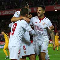 Sevilla up to second, Atletico claim much-needed win