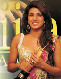 IIFA Awards 2011 going to Canada
