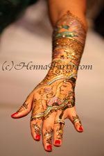 The winner of the 2012 South Florida Mehndi Competition Amber