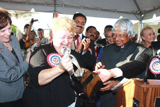 Dr. A.P.J. Abdul Kalam and The Mayor of the Town of Davie Opened Trophy