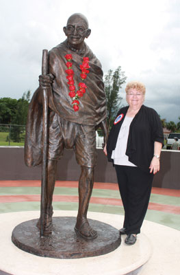Gandhiji's Statue and The Mayor of the Town of Davie