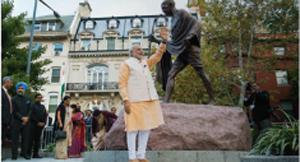 PM Modi visits Gandhi Memorial in Washington DC