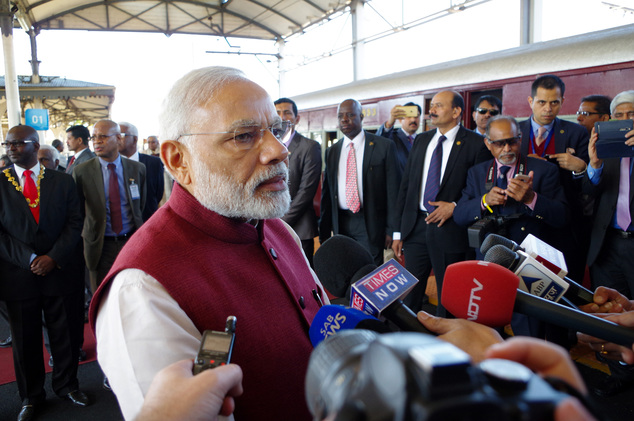 PM MODI In South Africa Train