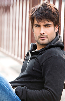 Vivian Dsena Admits Romancing a Transgender is Difficult