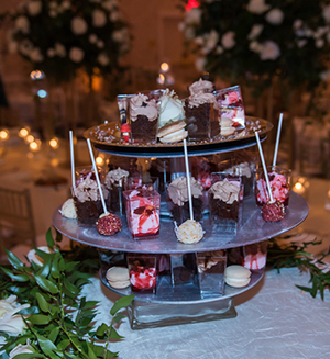 Indian Wedding Reception Cup Cake