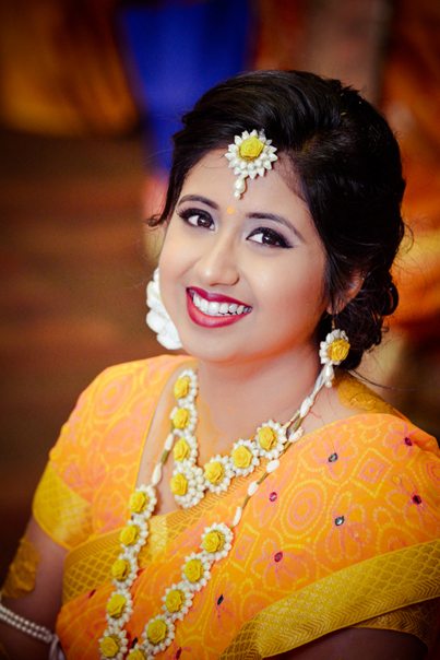 Indian Bride wedding flower Jwellery in Haldi Ceremony
