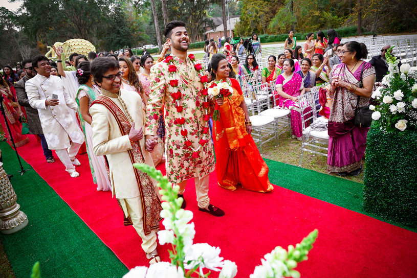 Grand Welcome of Indian Groom's Baraat
