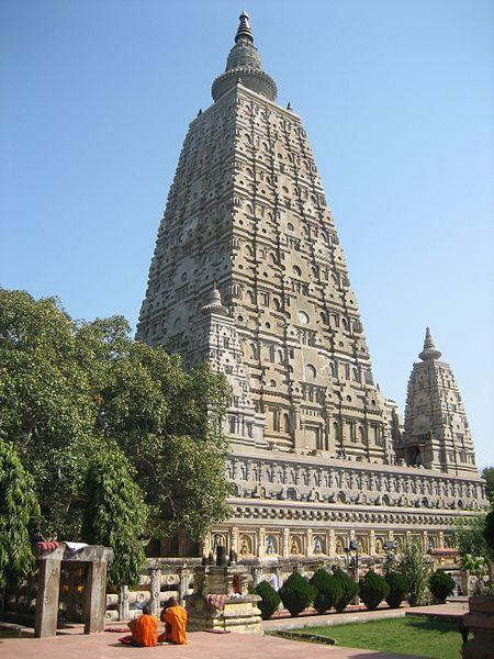 Mahabodhi Temple Complex at Bodh Gaya (3rd century BC, 5th and 6th century AD and 19th century)