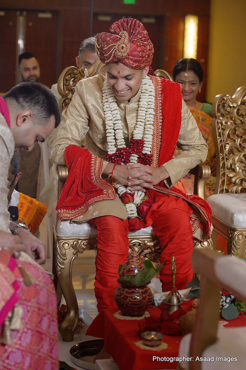 Indian groom at the mandap