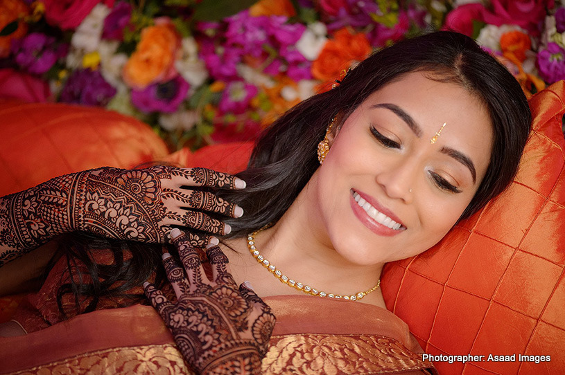 Mehndi Click of indian bride