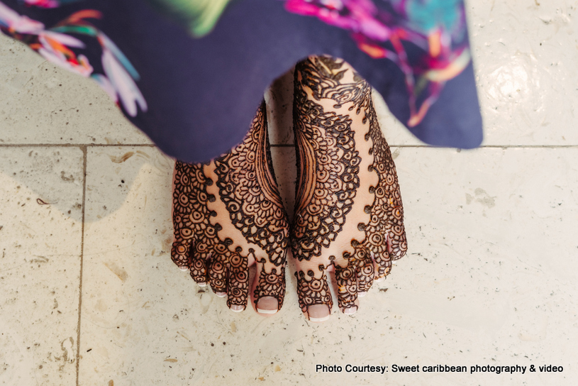 Feet mehndi of Indian Bride