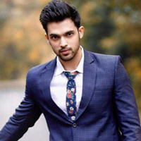 Parth Samthaan celebrates his birthday with a bang