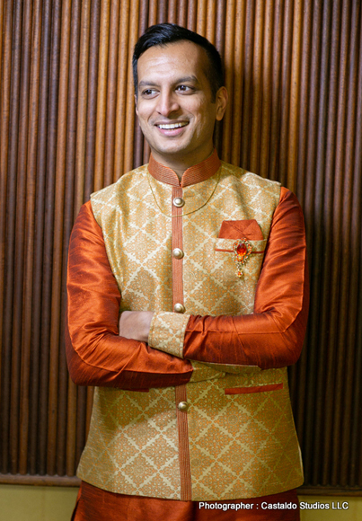 Indian Groom wearing Ethenic Indian Weae