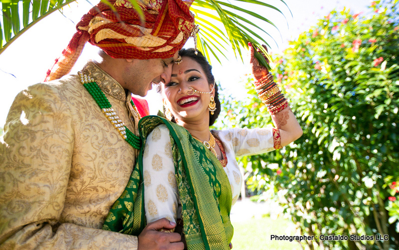 Beautiful Movement for Indian Couple During pictures