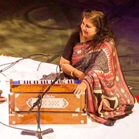 Get to Know: Surabhi Adesh, Musician