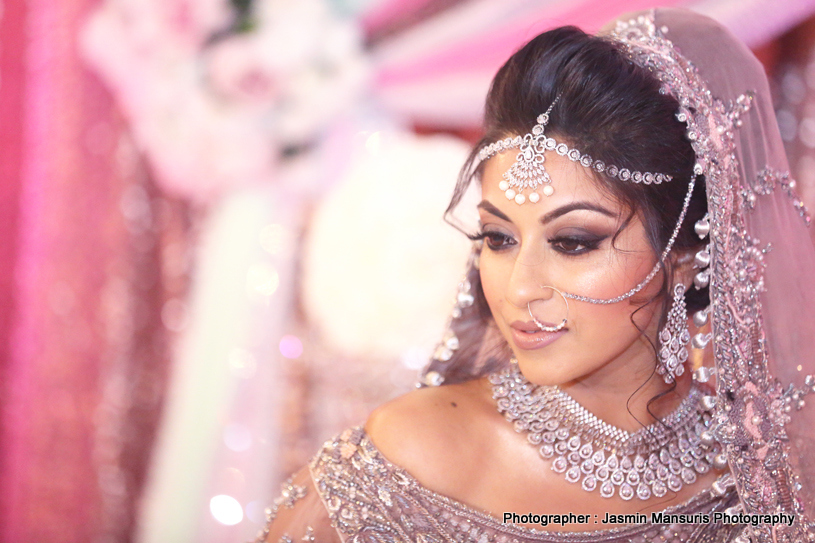 Gorgeous First look of Indian Bride