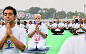 Prime Minister Modi Yoga and promoting a disease-free, healthy life