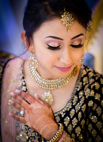 Gorgeous Bride to be with the jewelry