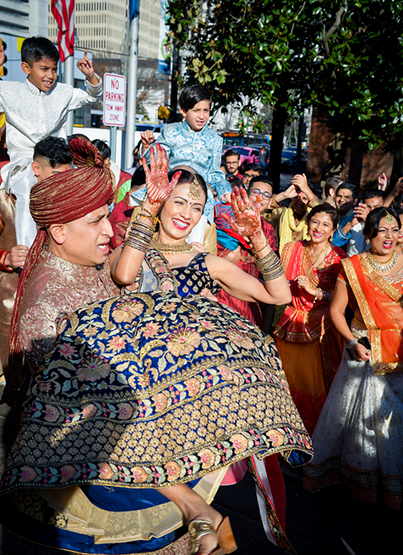 Friends Anf Family dancing at the baraat