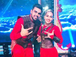 Babita-Vivek Make it Official on Nach Baliye 9