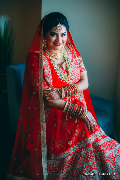 Gorgeous Indian Bride Outfit