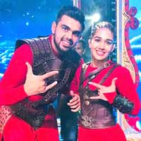 Babita-Vivek Make it Official on Nach Baliye 9