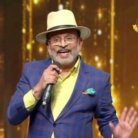 Annu Kapoor charms audience with Rafi tales on Li'l Champs