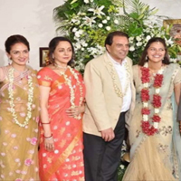 Hema Malini Opens Up About Family Life & Dharmendra