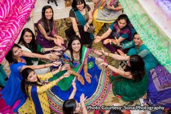 The mehndi ceremony at Indian weddings is not only a festive event, but it is also a ritual with auspicious and sentimental significance