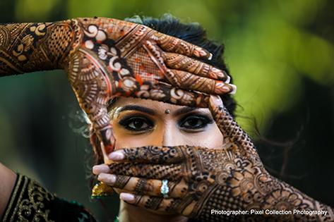 Marvelous indian bride mehndi art