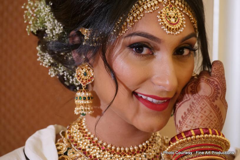 Gorgeous Indian bride Portrait