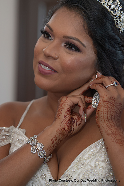Bride Wearing Earring for reception ceremony