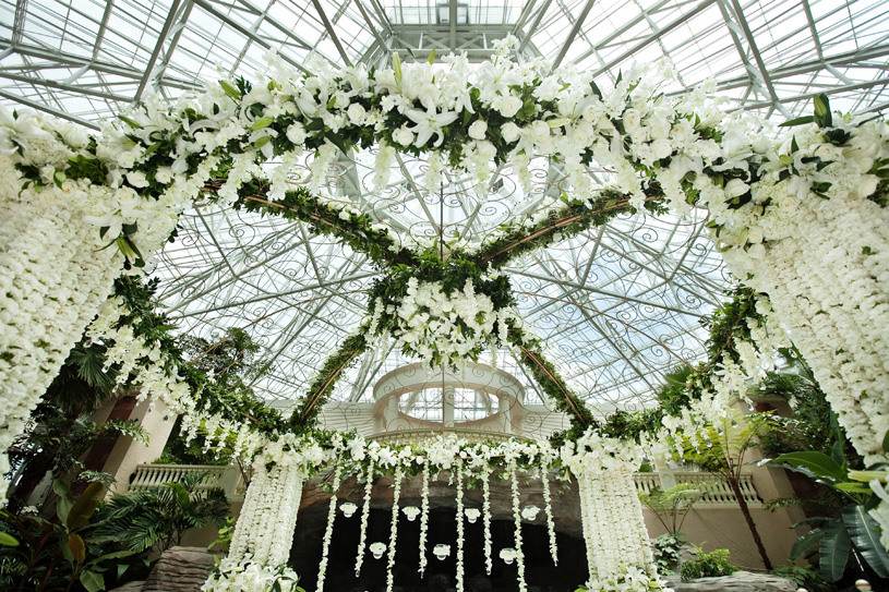 A Pretty In White Wedding Theme With Occasion by Shangri-la