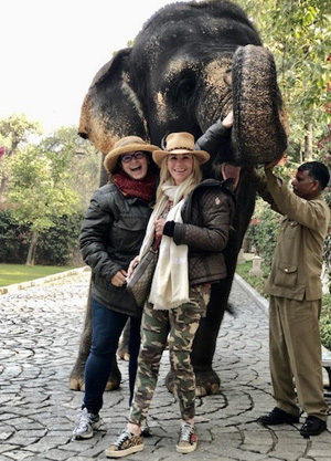 Picture with an Elephant
