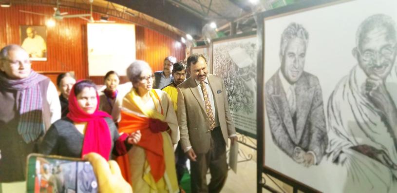 Tara Gandhi Bhattacharjee watching sketches