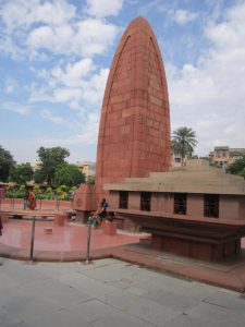 Jallianwala_Bagh_in_Day_light