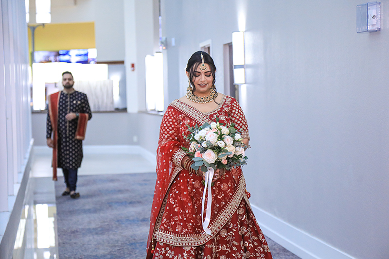 Lovely Capture of Indian bride Outfit