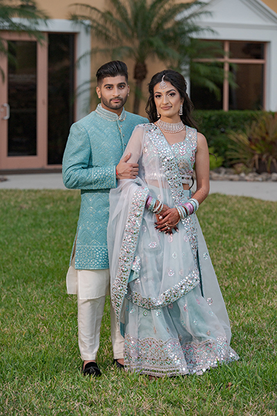 Detailed look of Indian Bride and groom