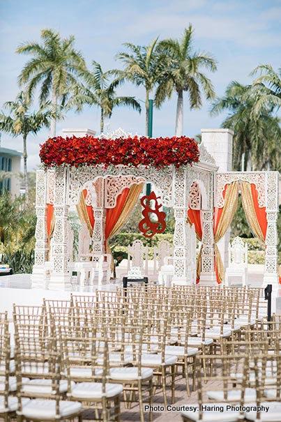 Gorgeous Wedding decor by Suhaag Garden