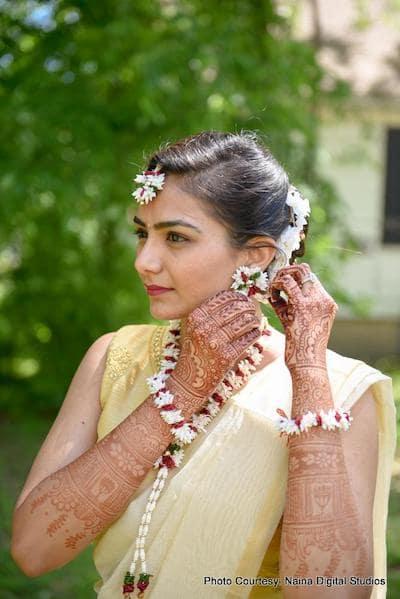 Indian bride wearing Flower Jwelery
