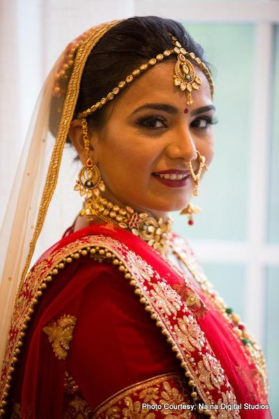 Gold Indian Bride Wedding Jwellery