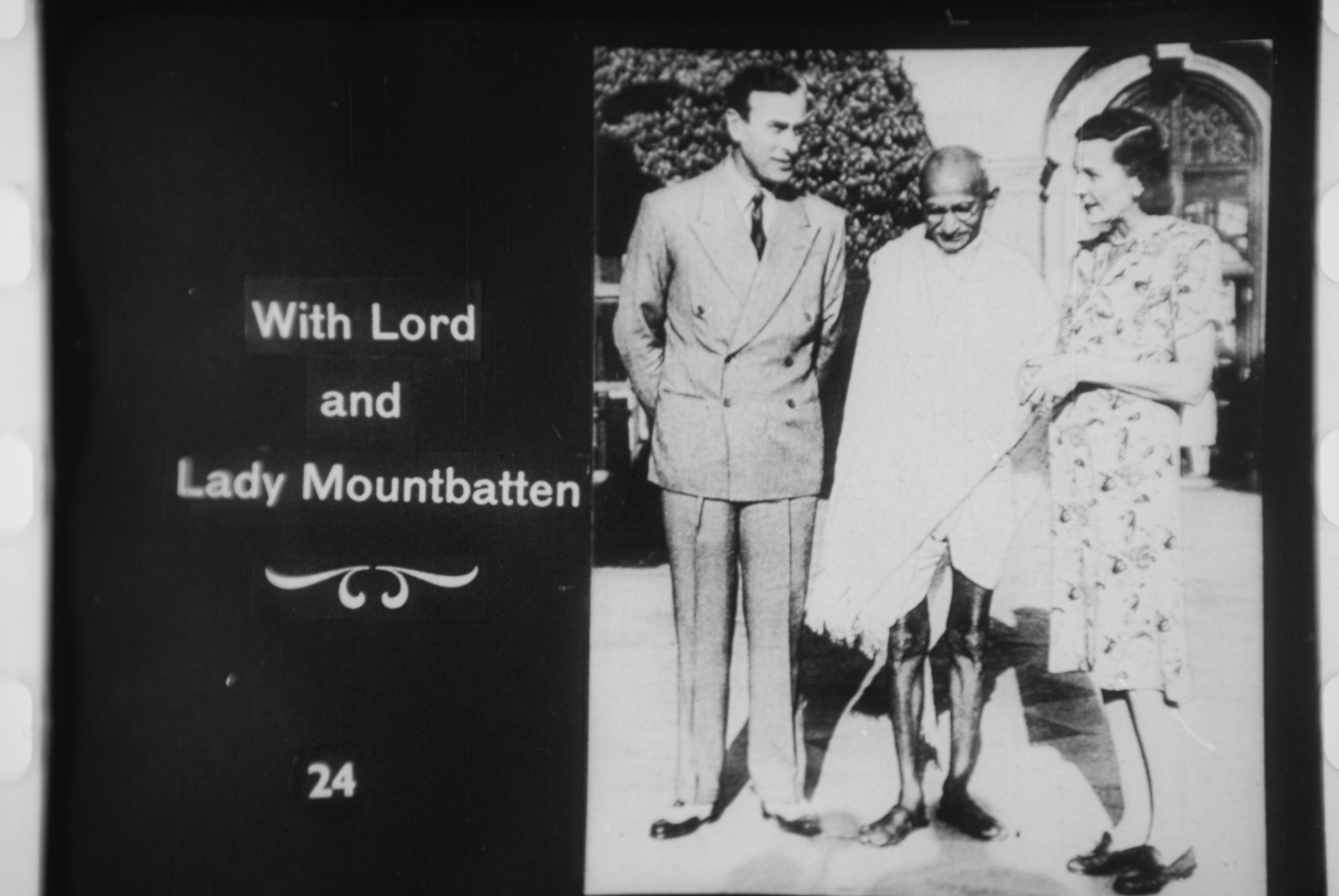 Gandhi With Lord And Lady MountBatten Scaled